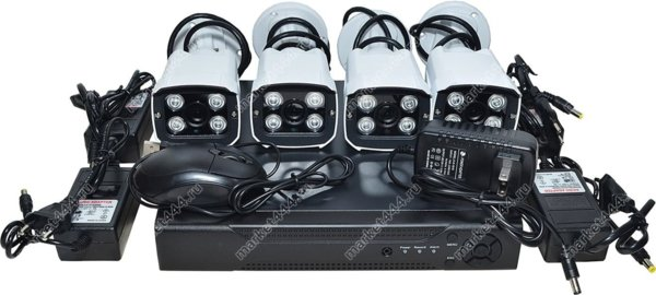 комплекты видеонаблюдения улицы цена-Комплект IP видеонаблюдения SmartAVS 1124 Kit